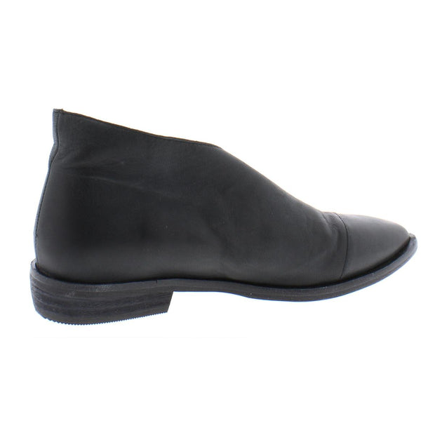Flat Royale Womens Ankle Flat Shooties