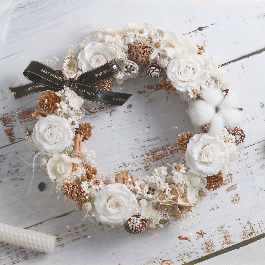 Léselle Preserved Flower - Christmas Wreath (white/gold)