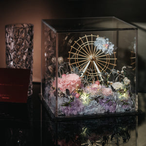 Ferris wheel with preserved flowers 永生花摩天輪