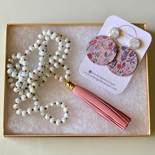 Mauve Floral Earring and Necklace Gift Set