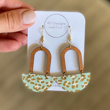 Load image into Gallery viewer, Mint Leopard Cork Earring and Necklace Set