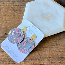 Load image into Gallery viewer, Spring Meadow Cork Disc with Gold Stud