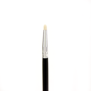 Crown | C527 Pro Pointed Smudger Brush - Sculpt Cosmetics