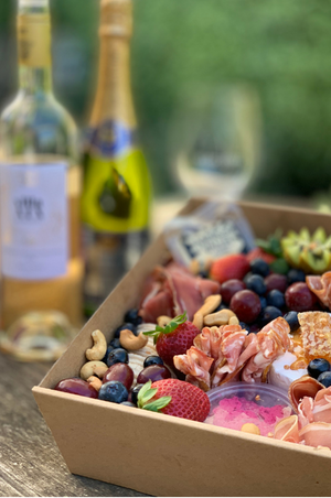 Spring Grazing Box With Wine - Feed Four