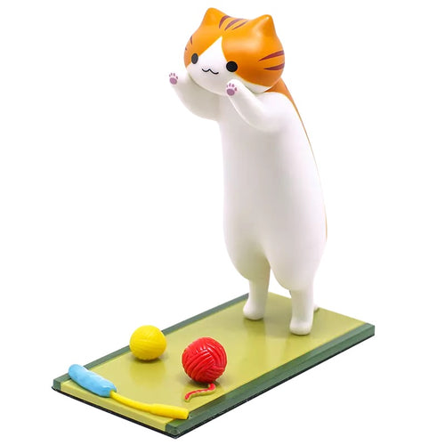 Cat Stand - White & Orange