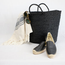 Load image into Gallery viewer, black raffia beach tote and turkish beach towel