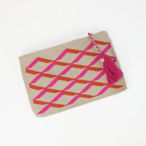 Rectangular clutch with fuchsia and orange cross hatch pattern. Zipper closure finished with a fuchsia tassel.
