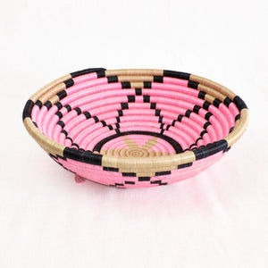 Indego Africa Pink, black and natural plateau basket