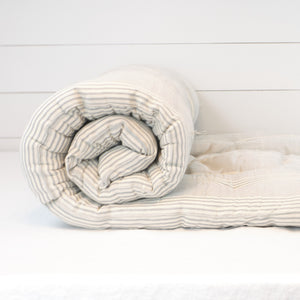 Grey stripe bedroll by Tensira.
