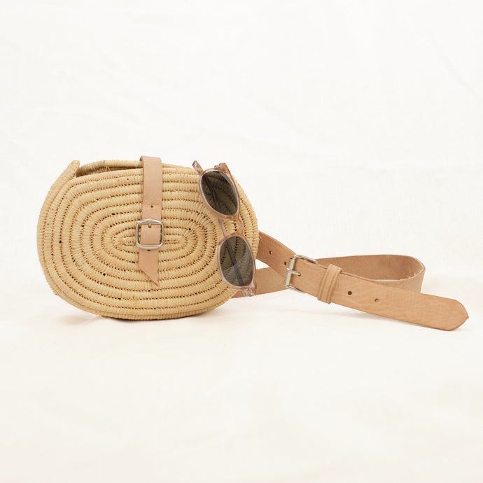 seagrass belt bag with natural leather strap