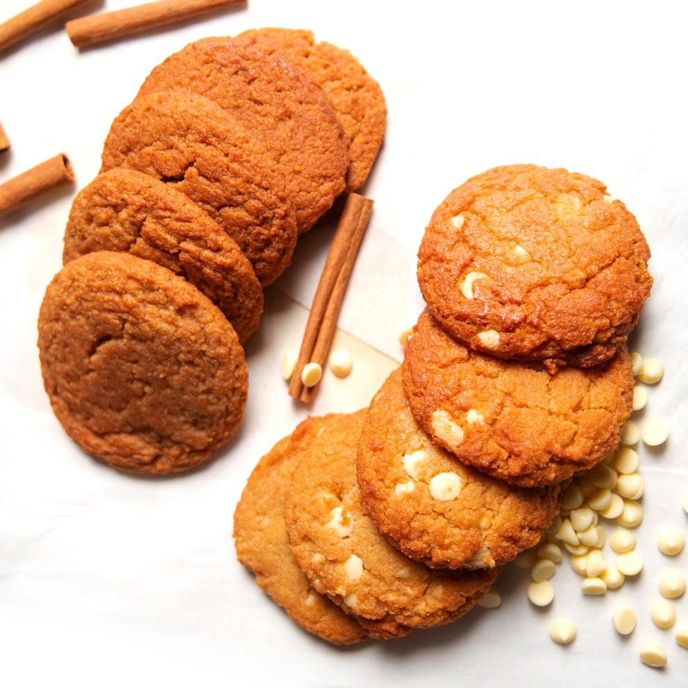 CinnaBun Cookie Bundle Keto Sugar-free gluten-free low-carb Snickerdoodle & White Chocolate Macadamia