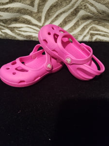 Kids Hot Pink Crocs Size 5