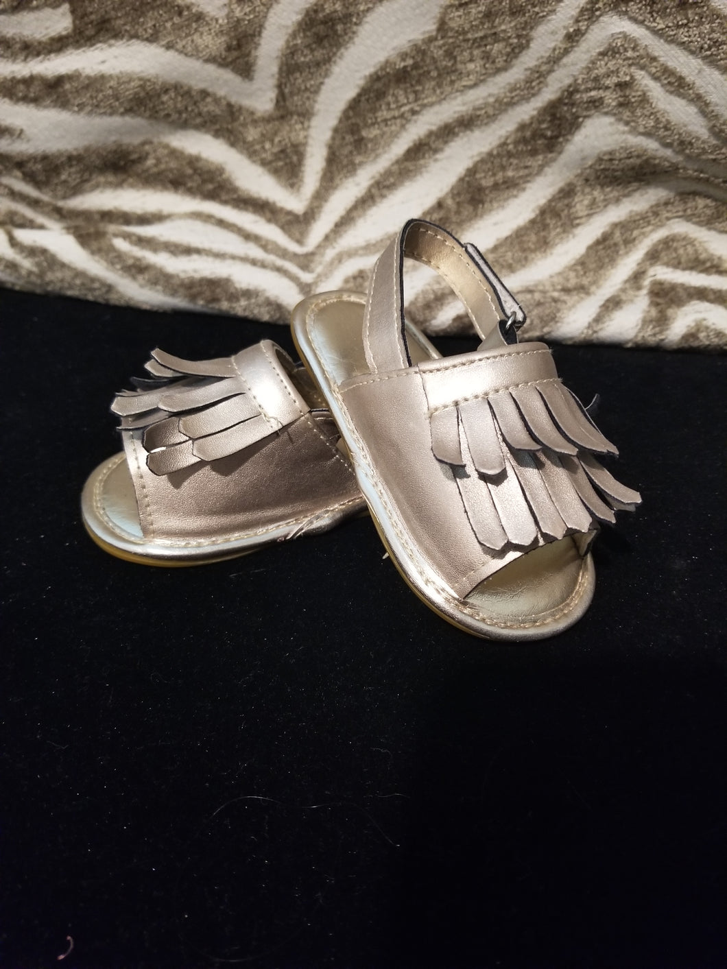 Kids Metallic Gold Sandals Size 5