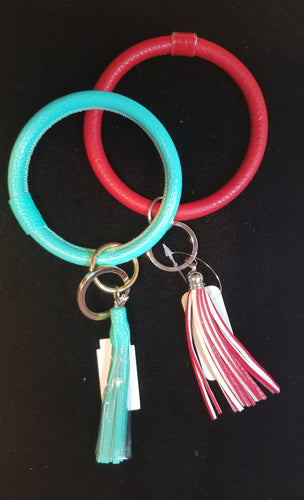 Round Key Chain with Tassel