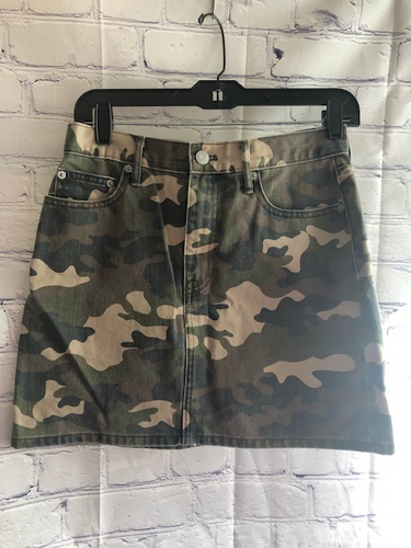 Gap Camo Skirt Size 27