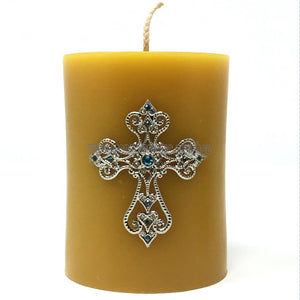 Beeswax Pillar Candle with filigree cross handmade and decorated in Canada by the sisters of monasterevmc.org/ Chandelle en cire d'abeille fabriquée à la main au Québec par les soeurs du monasterevmc.org