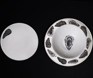 The Oceanic Collection: the 24 piece dinner Set
