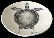 Load image into Gallery viewer, Diving turtle (handmade)