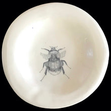 Load image into Gallery viewer, Bumble bee small plate (handmade)