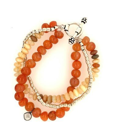 ELLEN HOFFMAN DESIGNS STERLING SILVER ANTIQUE CARNELIAN, ETHIOPIAN OPAL BRACELET WITH SLICED DIAMOND PENDANT
