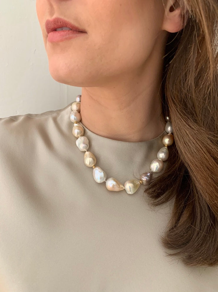 ELLEN HOFFMAN DESIGNS 14K GOLD MULTI-COLOR BAROQUE PEARL NECKLACE