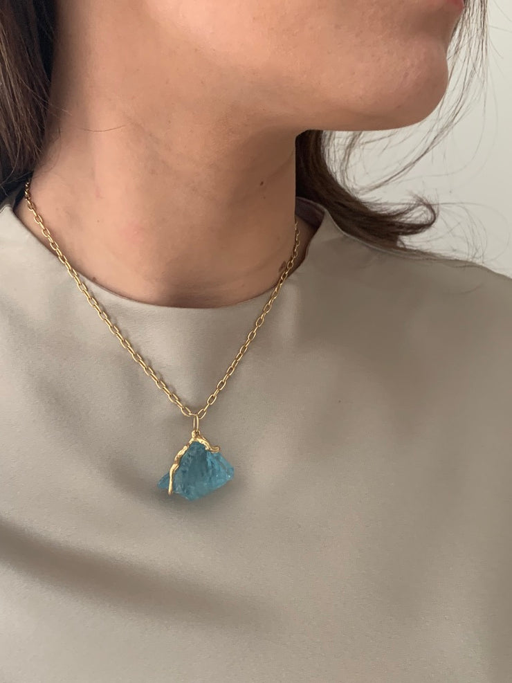 18k Gold Aquamarine Crystal Pendant Necklace