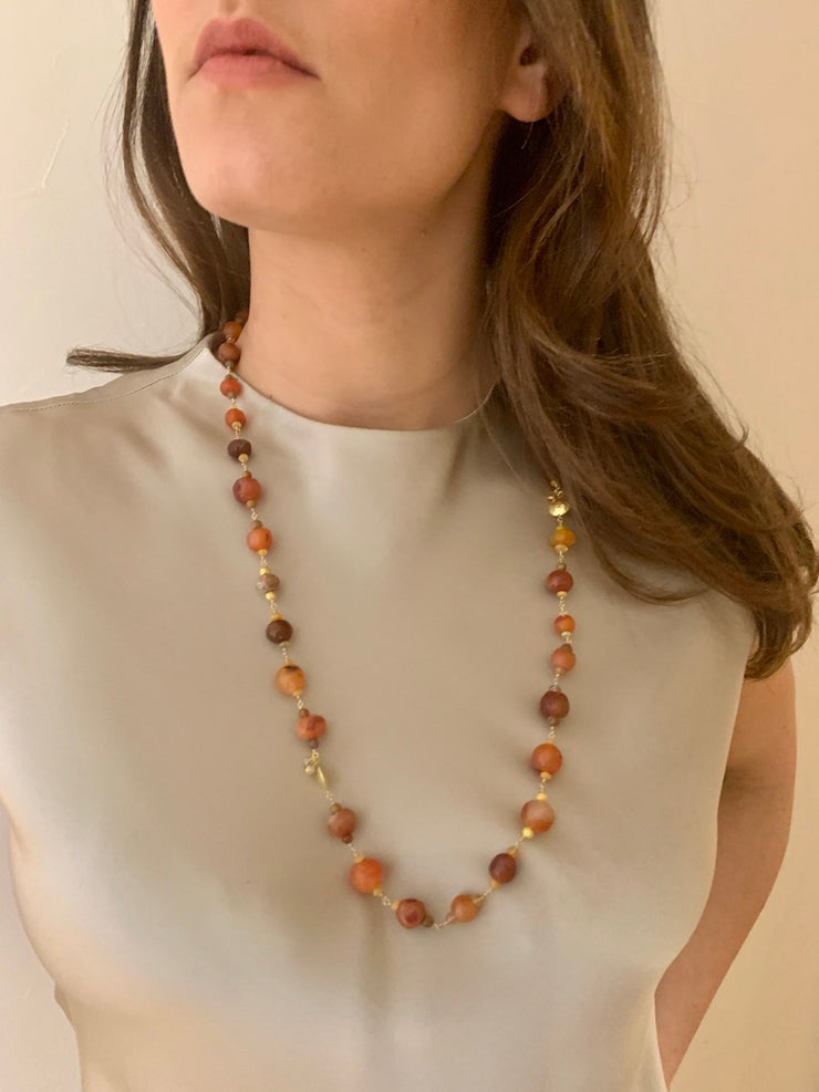 ELLEN HOFFMAN DESIGNS ANCIENT AND ANTIQUE CARNELIAN, ETHIOPIAN OPAL, 20-KARAT GOLD, DIAMOND NECKLACE