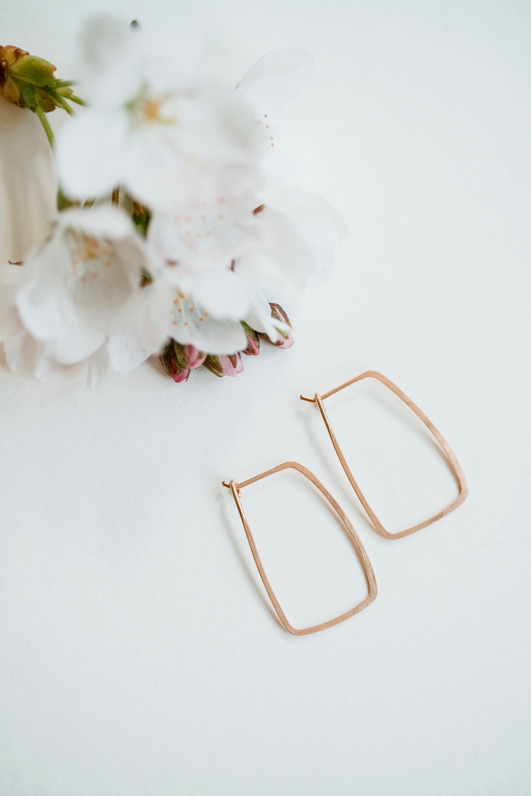 Mini rectangle hoops