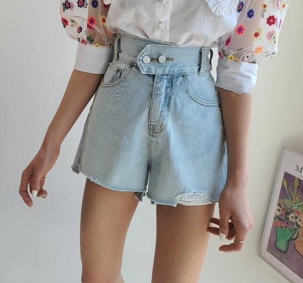 BGTEEVER Vintage Ripped Edges Denim Shorts Women Double Button Loose Denim Blue Summer Female Jeans Shorts 2020 Streetwear