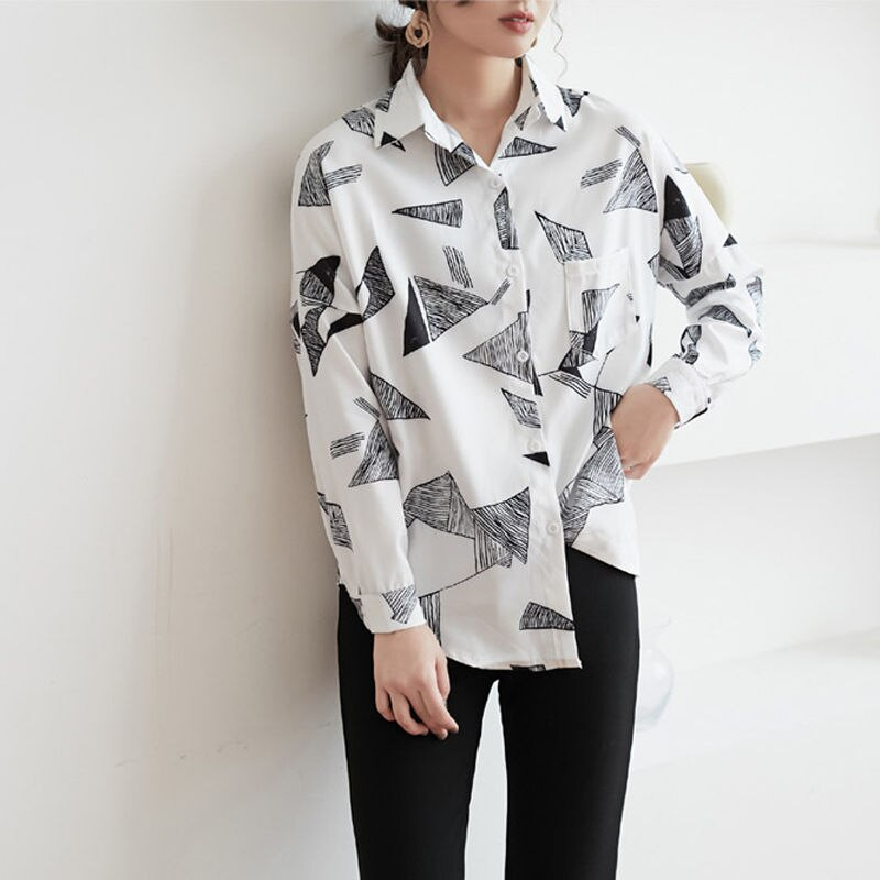 Spring Geometric Print Chiffon Women Blouses Tops One Pocket Loose Black Blouse Shirt Female Casual Shirts 2019 blusas mujer