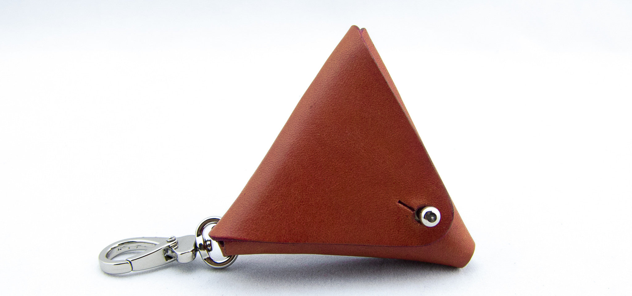 equilateral, a clip-on pouch