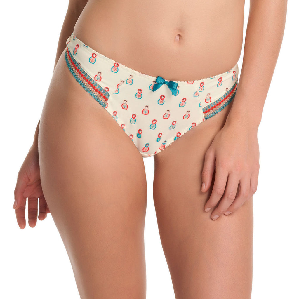 Freya Hello Dolly Thong, Fiesta