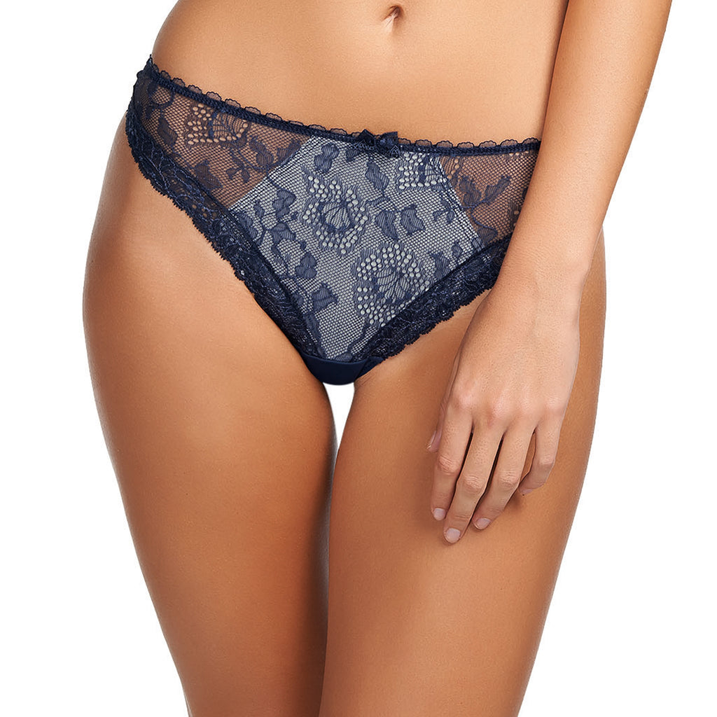Fantasie Susanna Thong, Moonlight