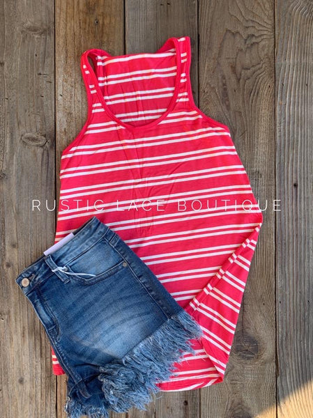 Wide Stripe Coral Punch Tank