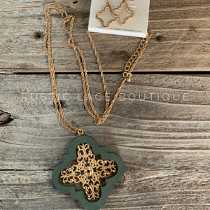 Wooden Filigree Pendant Necklace & Matching Earrings