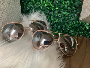 Pismo Beach Sunnies - Hint of Rose Gold With Ombre Lens