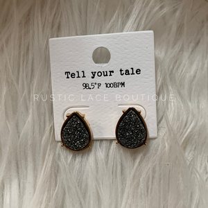 Tear Drop Druzy Stud - Charcoal