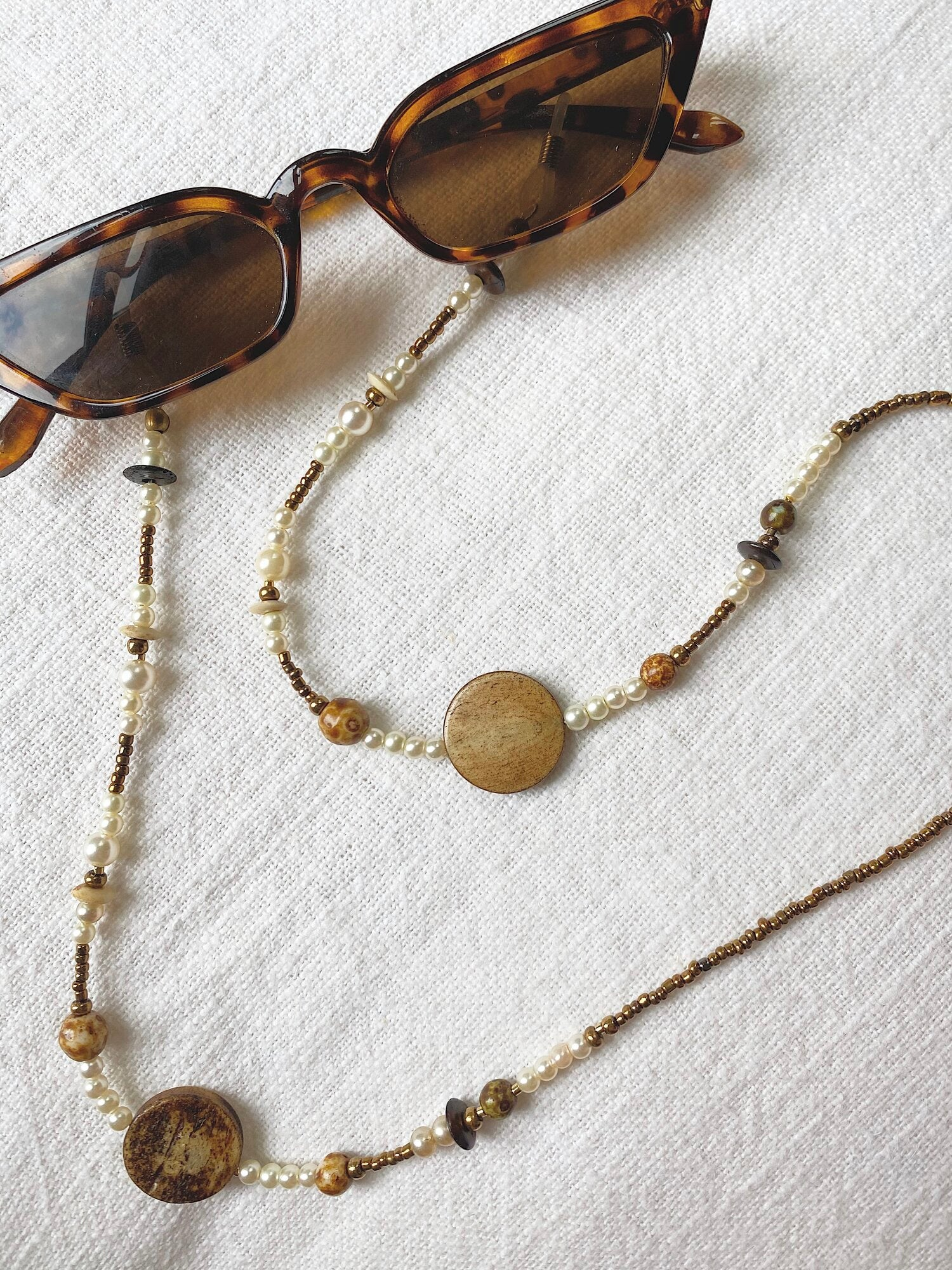 Beaded Glasses Chain in Penny