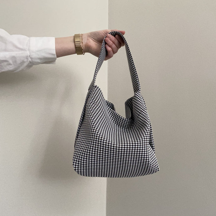 THIRTY NINE STUDIO | TWELVE | Dogtooth Medium Box Tote