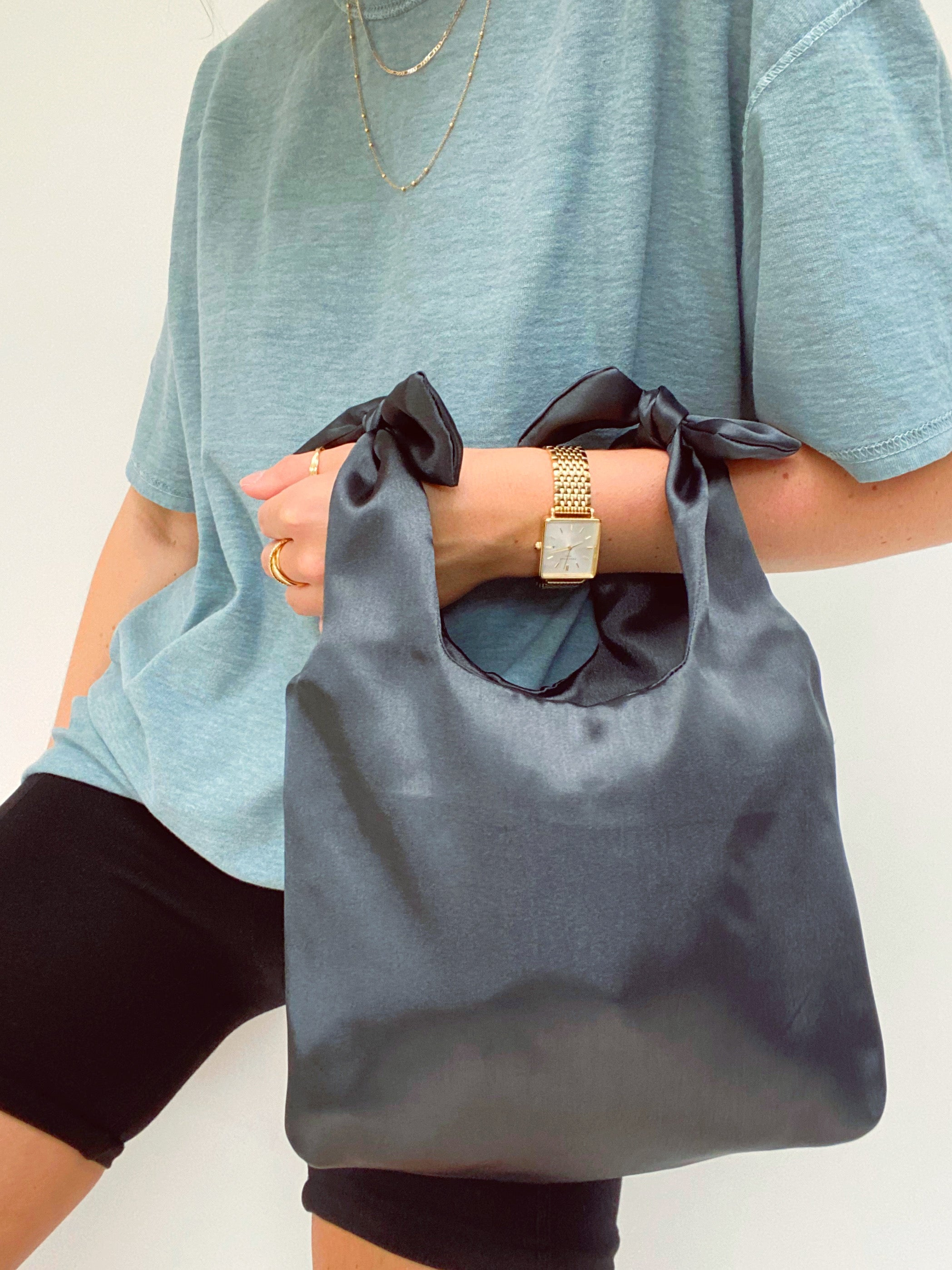 THIRTY NINE STUDIO | NINETY THREE | Emerald Tie Shopper