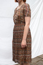 Load image into Gallery viewer, Paisley Pleated Dress (S-M)