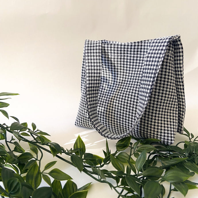 THIRTY NINE STUDIO | ELEVEN | Dogtooth Mini Tote