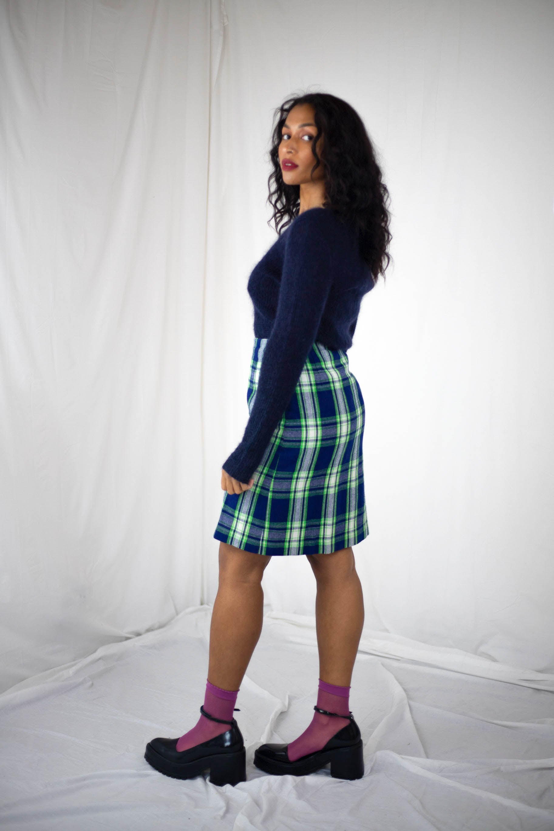 Navy Plaid Skirt (S-M)