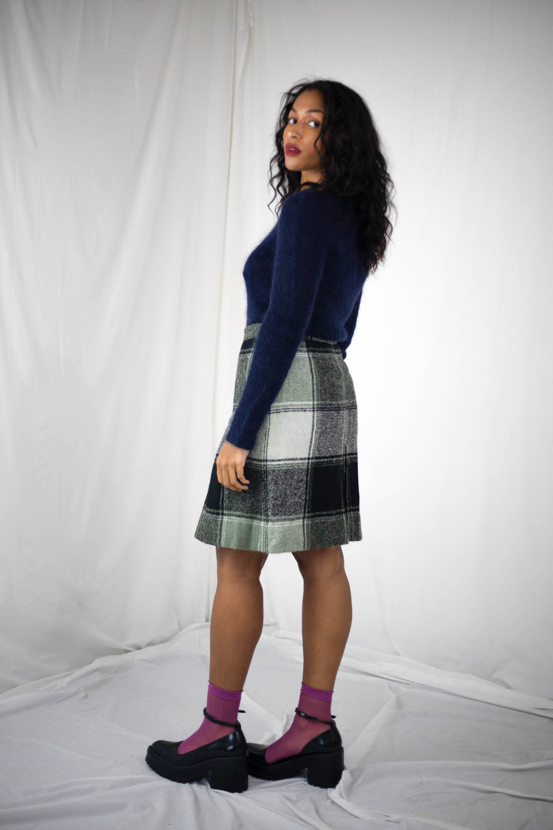 Plaid Skirt (S-M)
