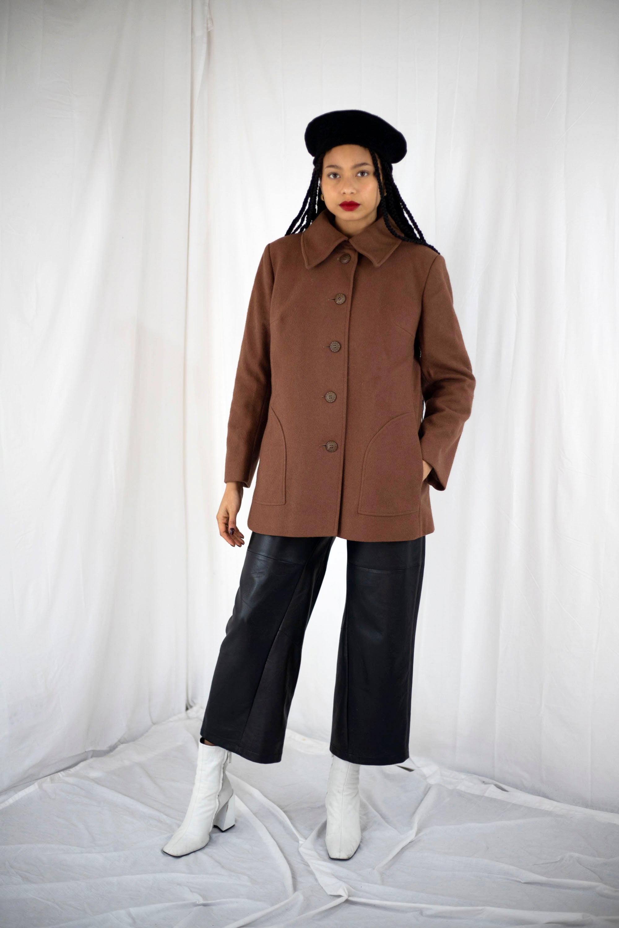 Brown Point Collar Wool Coat (M)
