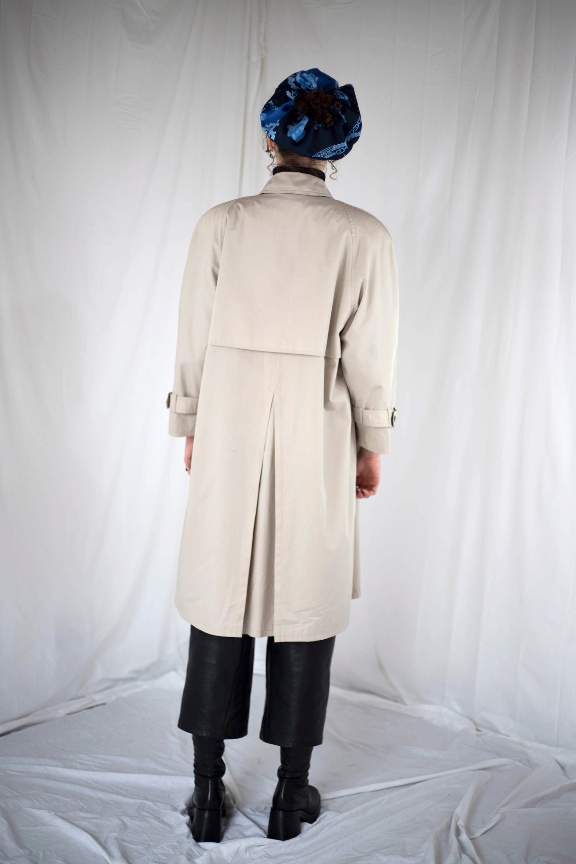 Double Breasted Trench Coat in Ecru (M-L)