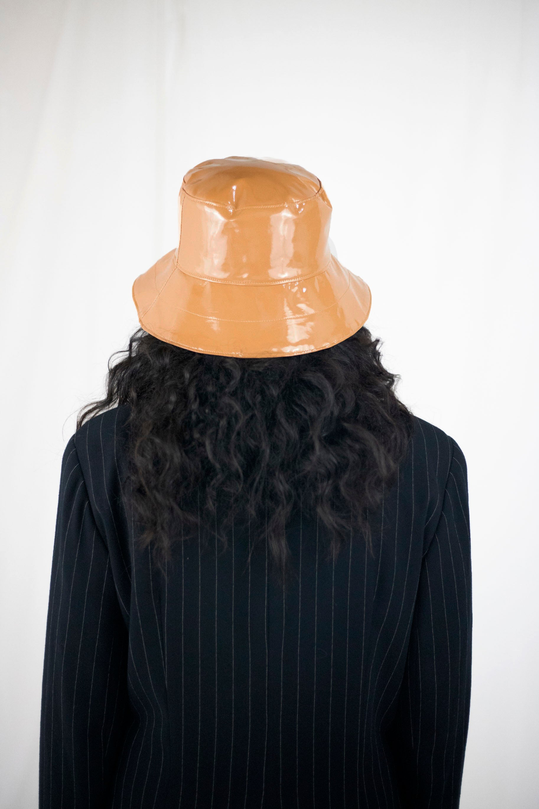 Norah X Camilla Ashley | Rainhat in Caramel
