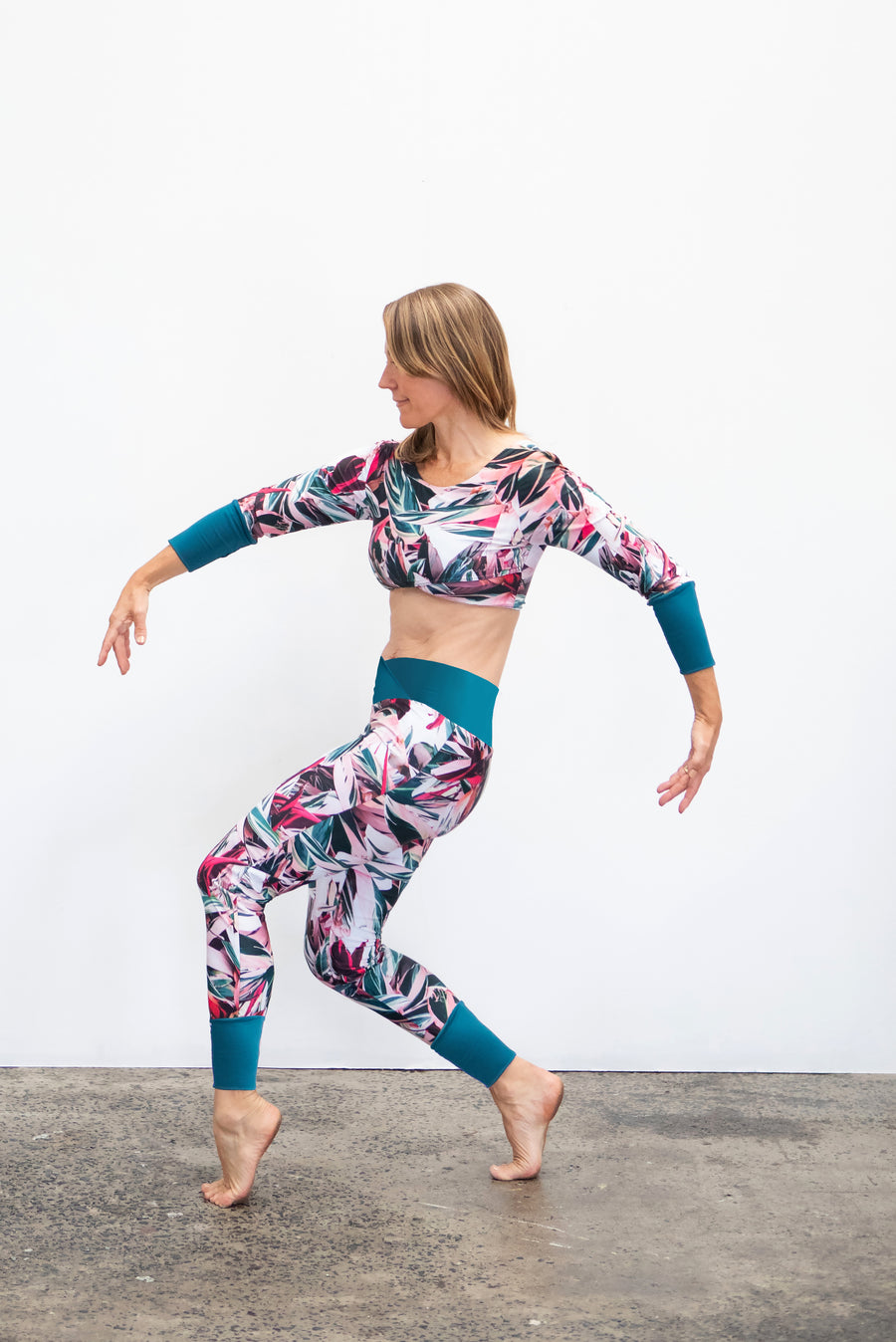 Calyptra Reversible Legging