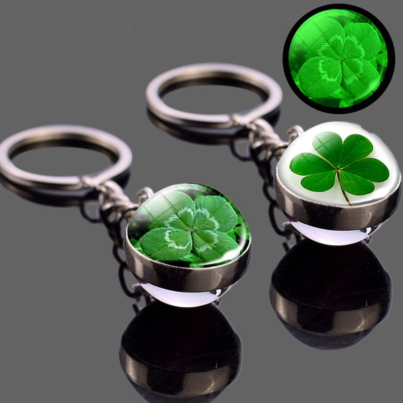 Lucki™: Four Leaf Clover Key Chain
