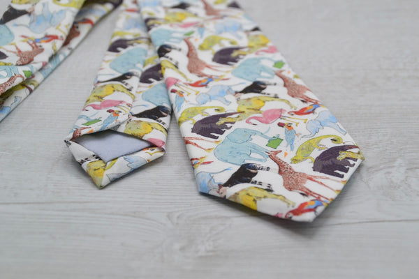 Mens Liberty Queue for the Zoo Slim Tie